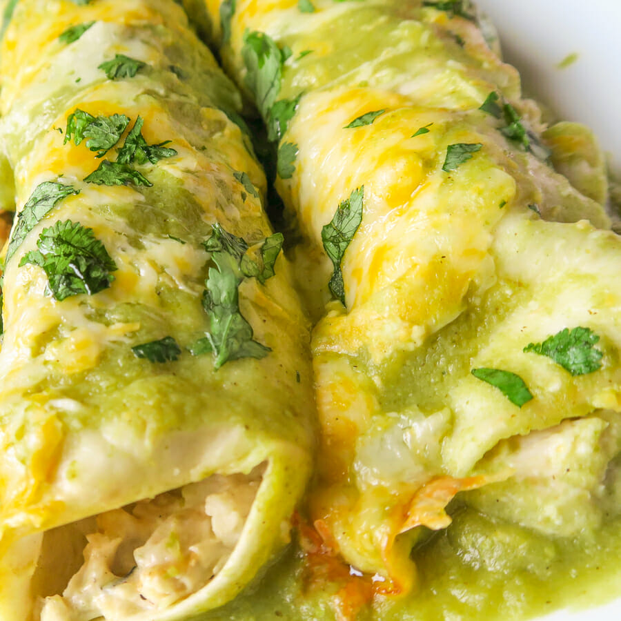 Green Enchiladas With Chicken Enchiladas Verdes That S Deelicious